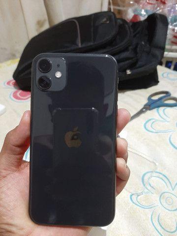 IPhone 11 cor preto 64GB - Foto 2
