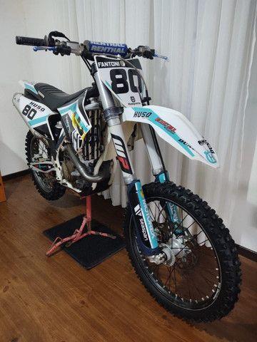 Husqvarna FC 450cc de motocross - Foto 3