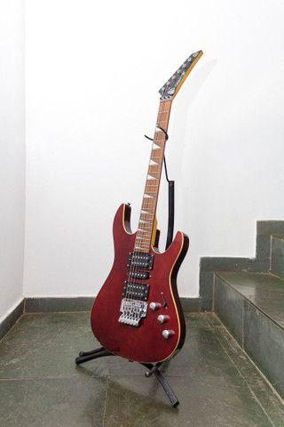 Guitarra Groovin Seattle Series