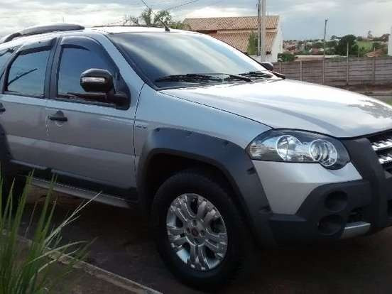 Fiat palio 1.8 adventure dualogic weekend flex 4p