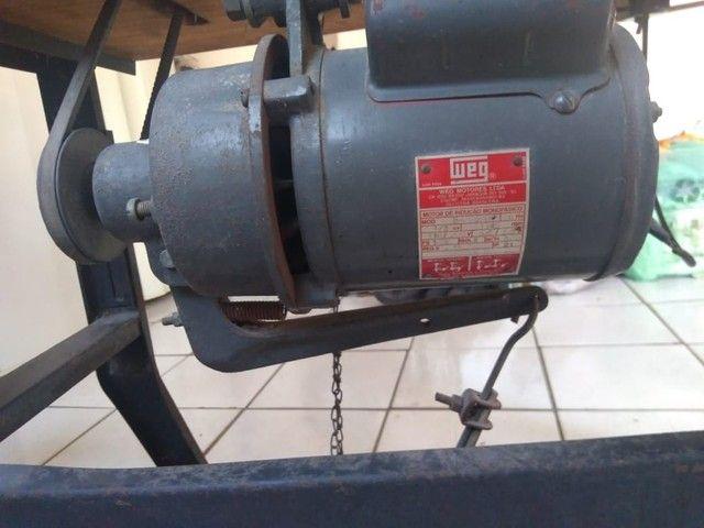 Máquina de costura Overlock semi industrial - Foto 4