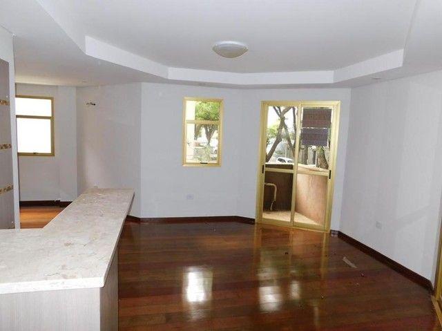 Apartamento Ed. Evergreen.