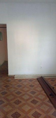 Aluga casa 2qtos. São Gonçalo bairro Antonina - Foto 7