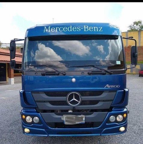 Caminhão Mercedes-Benz Atego 2426 Carroceira - Foto 2