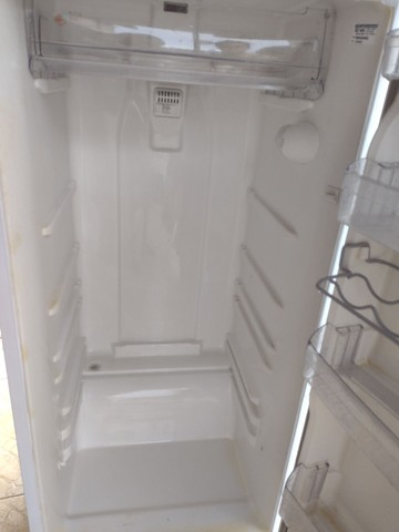 Geladeira Frost Free 375L - Foto 4