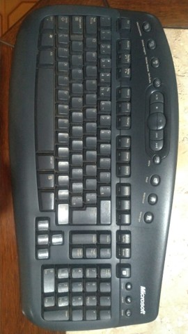 Mouse e Teclado Sem Fio - Microsoft
