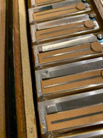 Acordeon Imperial  cassoto duplo   especial  44 teclas 4/5  de vóz - Foto 4