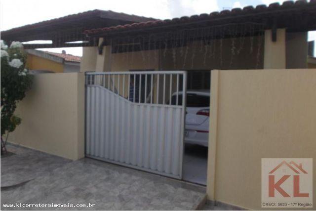 Grande oportunidade, Linda casa 3/4 duas suites no Condominio Guaruja I, Av. Maria Lacerda