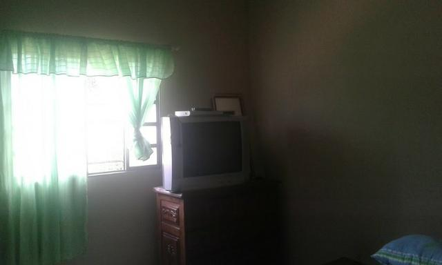 Casa 3/4 quartos c/ súite de laje garagem para 3 carros bairro residencial américa 135 mil - Foto 7