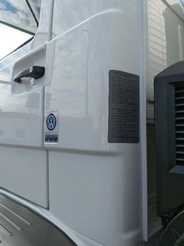 VW 15180 toco reduzido MWM 6 cil bau de 7m - Foto 11