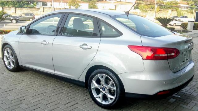 FORD FOCUS 2.0 SE FASTBACK 16V FLEX 4P POWERSHIFT - Foto 5