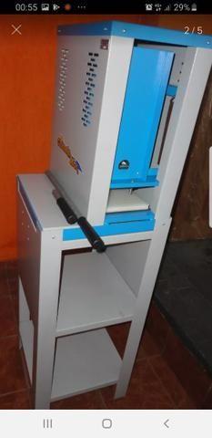 Maquina de fazer chinelos tipo Havaianas. Parcelo no cartão 3x - Foto 2