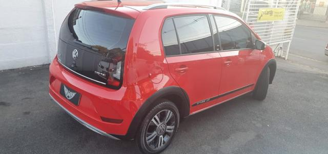 Volkswagen cross up 1.0 TSI Flex Manual - Foto 4