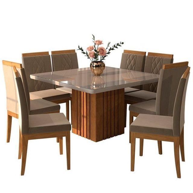 Mesa com 8 Cadeiras com Tampo de Vidro!