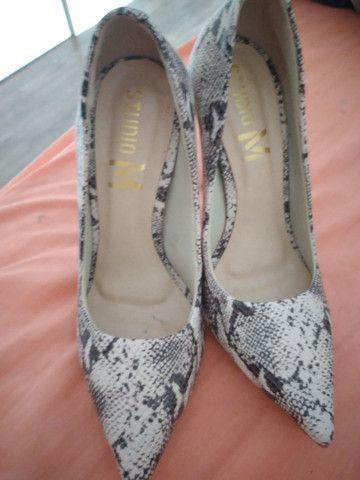 Vendo 3 pares de sapatos novos