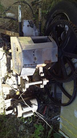 Vendo treiler com máquina de caldo de cana - Foto 2