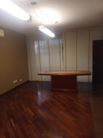 Linda residência comercial com muitas salas e amplo estacionamento - Foto 7