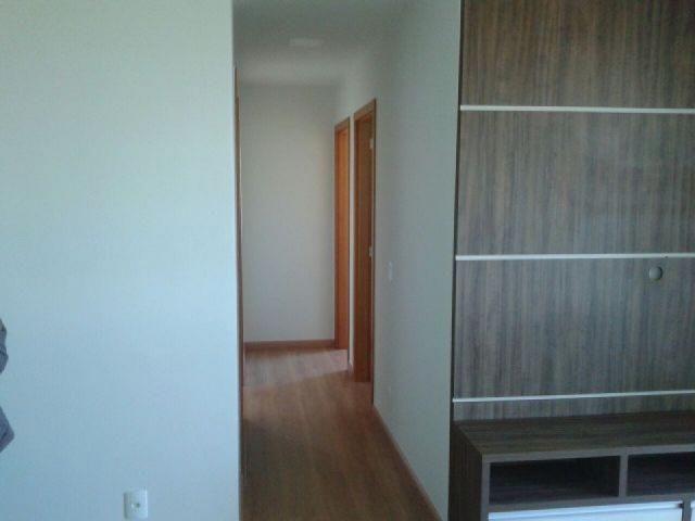 8062 | Apartamento para alugar com 3 quartos em Vila Cleòpatra, Maringá - Foto 5