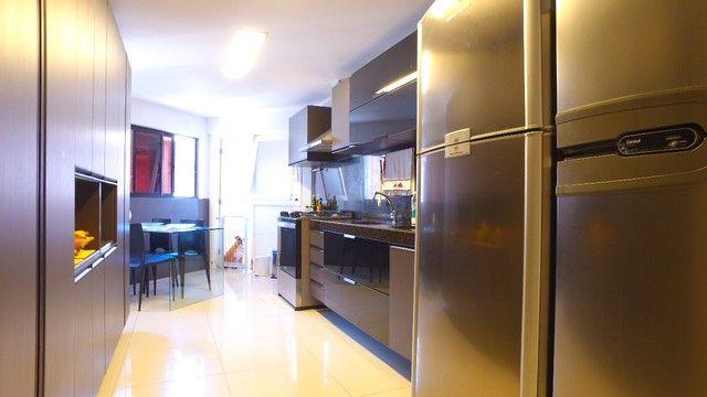 Apartamento beira mar com 195 metros quadrados com 4 suítes em Pajuçara - Maceió - AL - Foto 16
