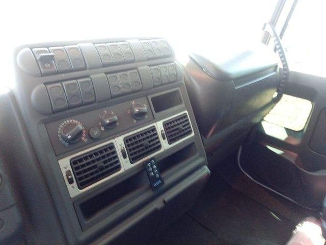 Caminhão a venda - Foto 5