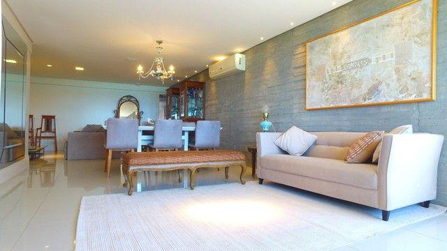 Apartamento beira mar com 195 metros quadrados com 4 suítes em Pajuçara - Maceió - AL - Foto 4