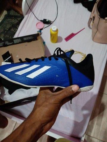 Chuteira futsal n39 Adidas original - Foto 4