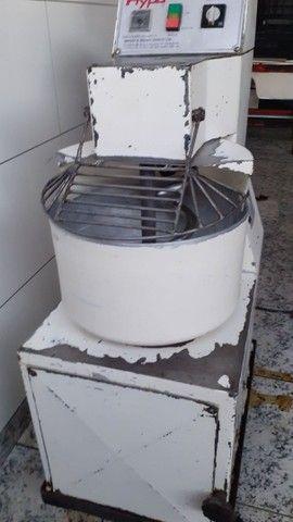 Vendo ótimas máquinas para montar sua padaria.  - Foto 5