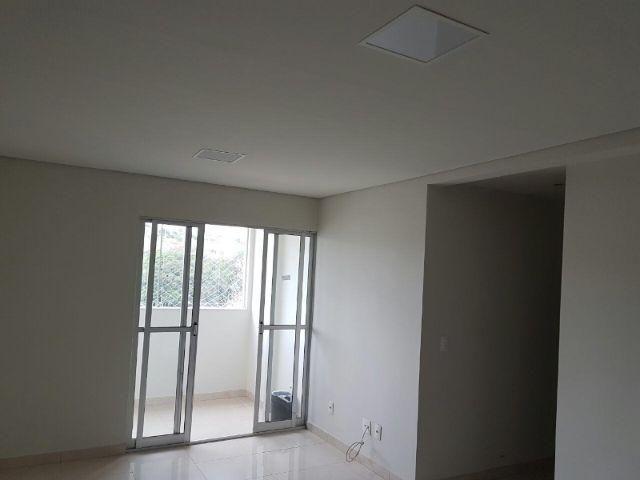 Ótimo apartamento 3 quartos com salão de festas no Castelo