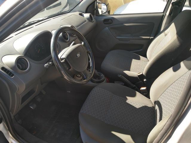 Ford Fiesta sedan 1.6 2006 Flex 13.500 - Foto 4