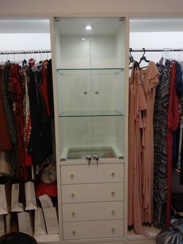 Vendo Balcão e armário para loja - Foto 3