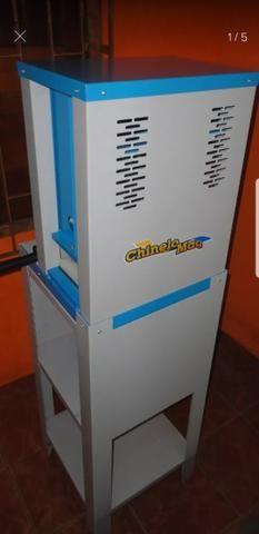 Maquina de fazer chinelos tipo Havaianas. Parcelo no cartão 3x