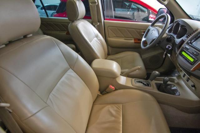 Hilux SW4 4x4 3.0SRV Diesel Aut*2011/2011/Placa A - Foto 4