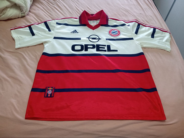 Camisa Bayern de Munique temporada 99/00