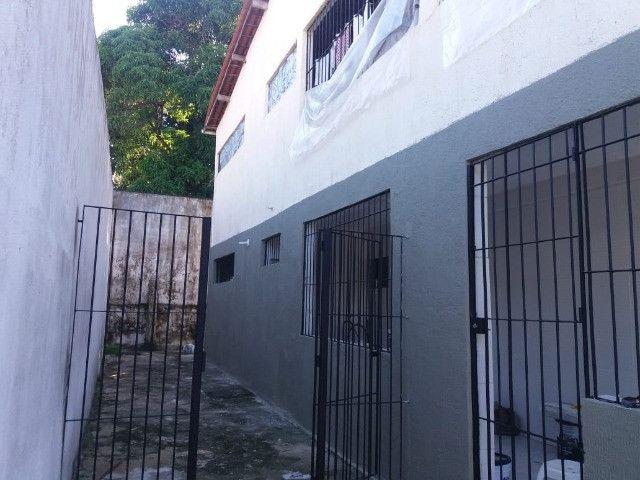duas casas em casa caiada alugadas inquilino pontual 6qtos 2sts 6vgs há 5min do shopp - Foto 19