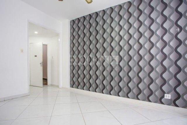 Apartamento à venda com 3 dormitórios em Leme, Rio de janeiro cod:BI8848
