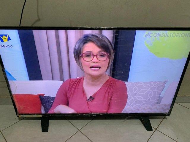 Tv AOC led 40 polegadas semi nova porém já está fora da garantia - Foto 3