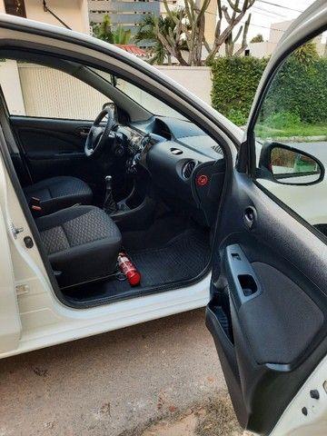 Etios Sedan XLS 1.5 2014 - Foto 10