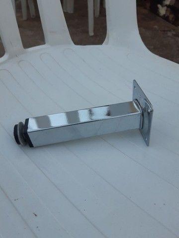 Pé de alumínio ( cromado ) de 15 cm  - Foto 2