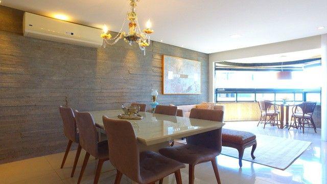 Apartamento beira mar com 195 metros quadrados com 4 suítes em Pajuçara - Maceió - AL - Foto 3