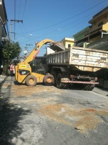 Demolição Caminhão basculante + bobcat + Mini escavadeira , retirada de entulho ou terra