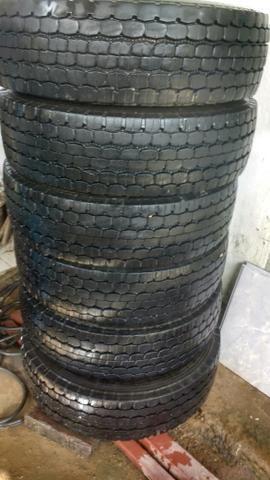 Buscar4 pneus bridgestone 215/75 r 17.5