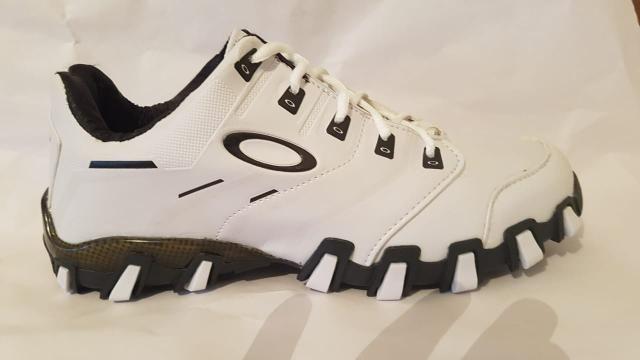 07affdfe098ed Tenis bota Oakley 037999734976 - Roupas e calçados - Nova Serrana ...
