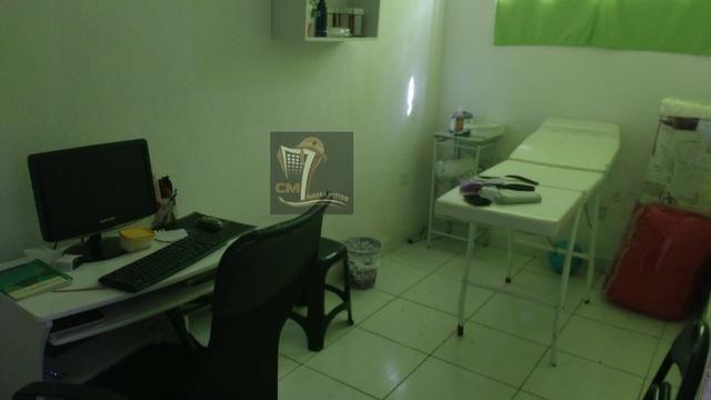 Casa com 3 quartos, quintal, garagem e uma ampla área de 130 m² no Cordeiro - Foto 8