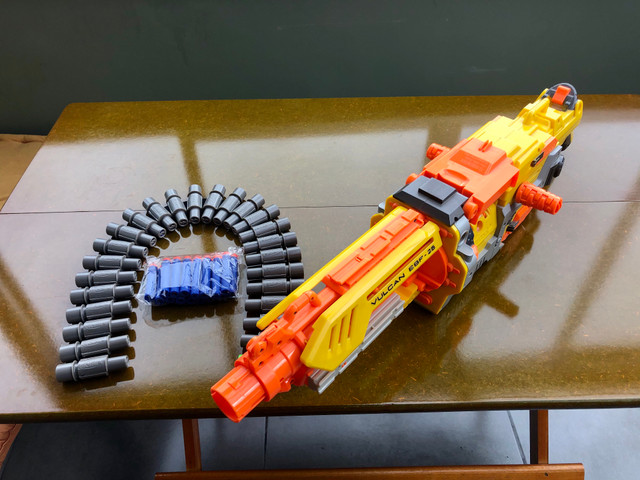 Metralhadora / arma NERF - Foto 2