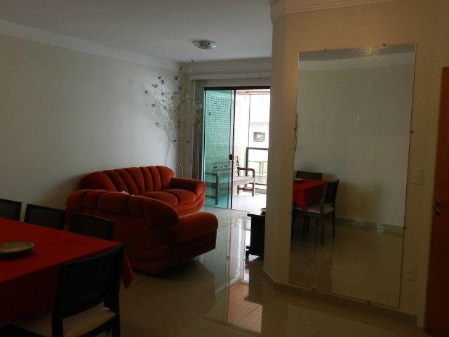 Apartamento de 4 dormitórios( 1 suíte com terraço ), mobiliado, com 2 vagas de garagem - Foto 6