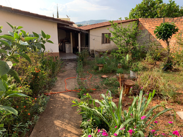 Vende-se casa Vale da Serra Anicuns - Foto 2