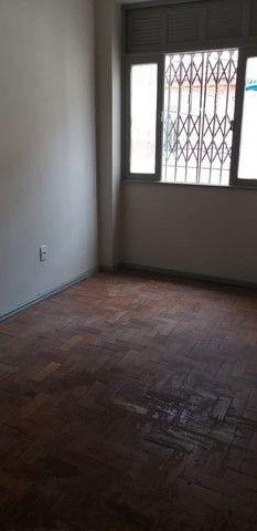 Alugo Excelente Apartamento Situado na Gamboa/RJ - Foto 15