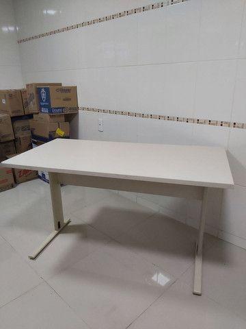 Vendo mesa de escritório escrivaninha  - Foto 2