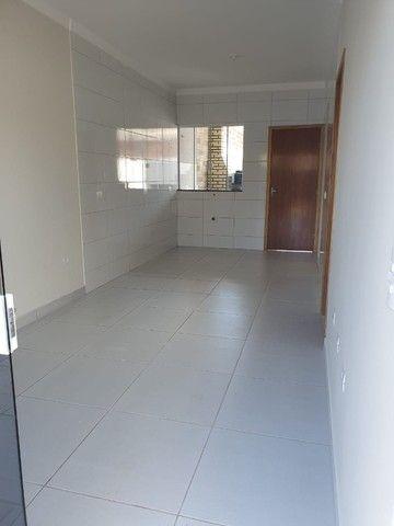 Vendo Casa JD monte Rey 2 quartos C/ uma suíte parcelo a entrada dependendo do valor - Foto 2