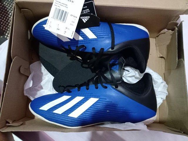 Chuteira futsal n39 Adidas original - Foto 5